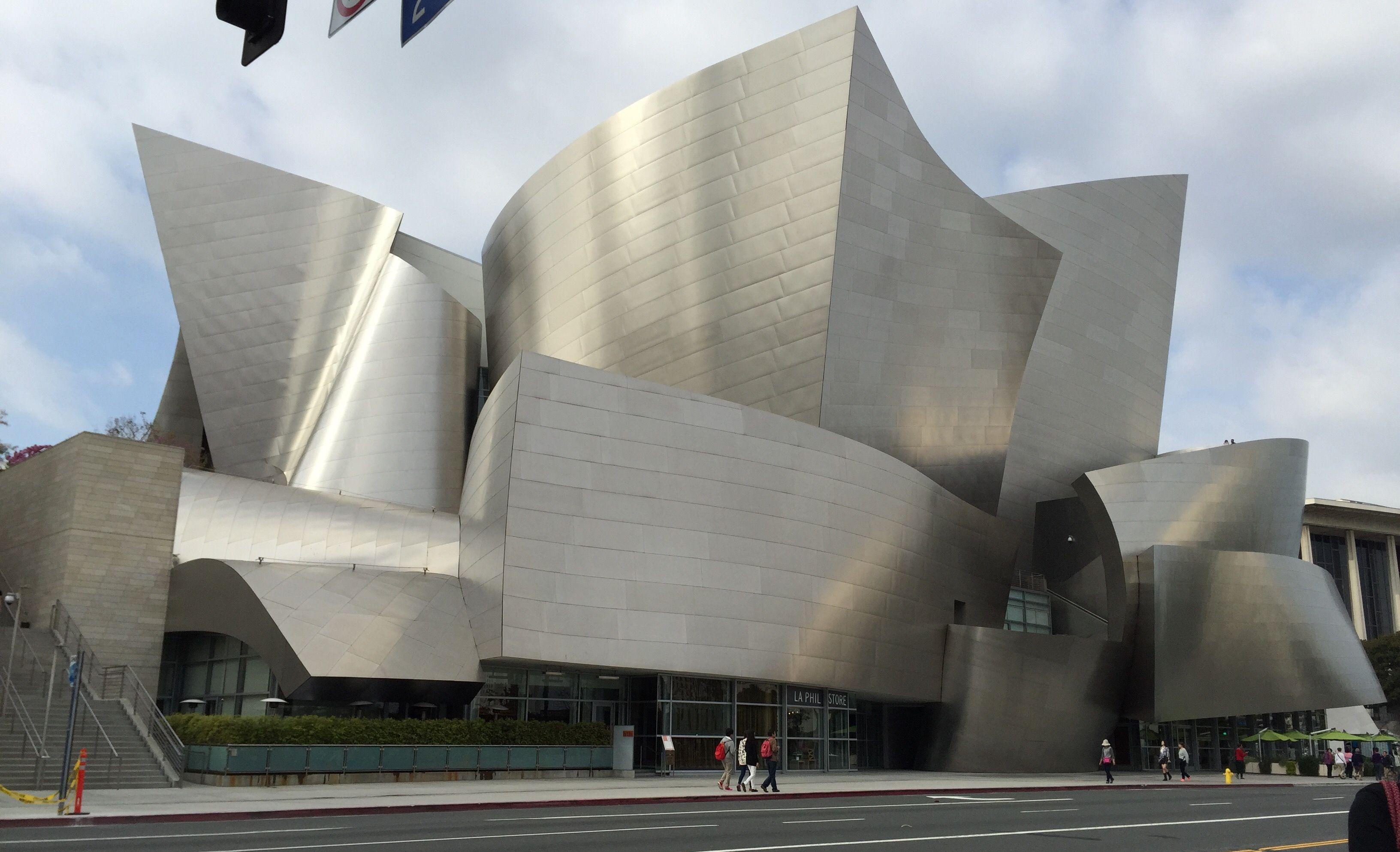 Walt Disney Concert Hall In Los Angeles Ca In 2020 Free Things To Do Free Things Things To Do