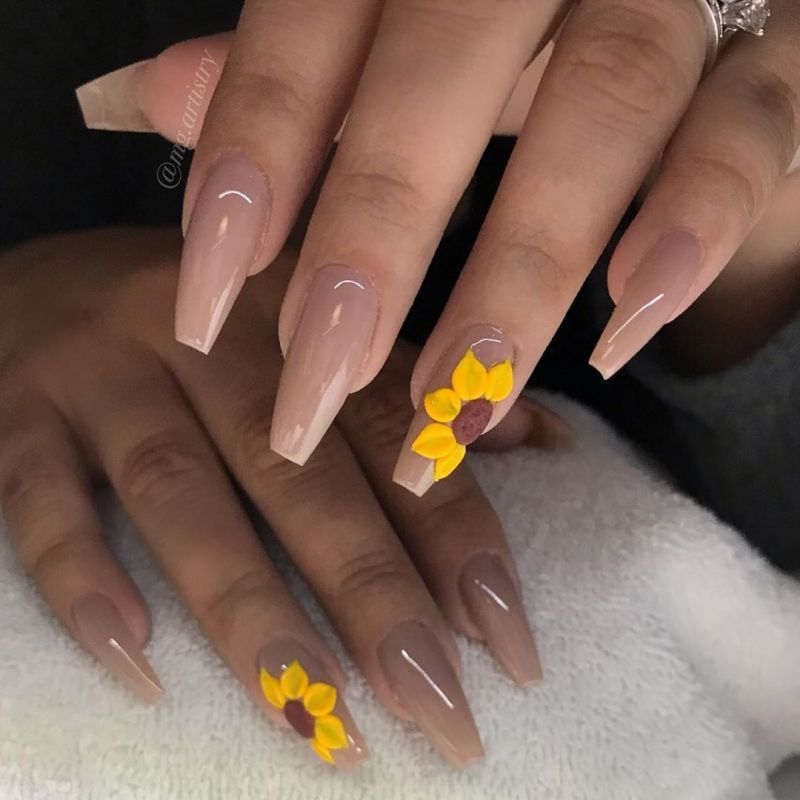 51 Bright Sunflower Nail Art Designs To Inspire You In 2020 With Images Sunflower Nails Sunflower Nail Art Acrylic Nail Designs