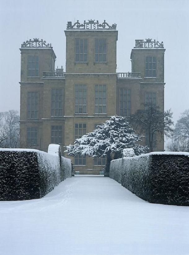 Hardwick Hall. The initials 'ES' on the tower parapets refer to Elizabeth Shrewsbury, aka Bess of Hardwick, the original owner