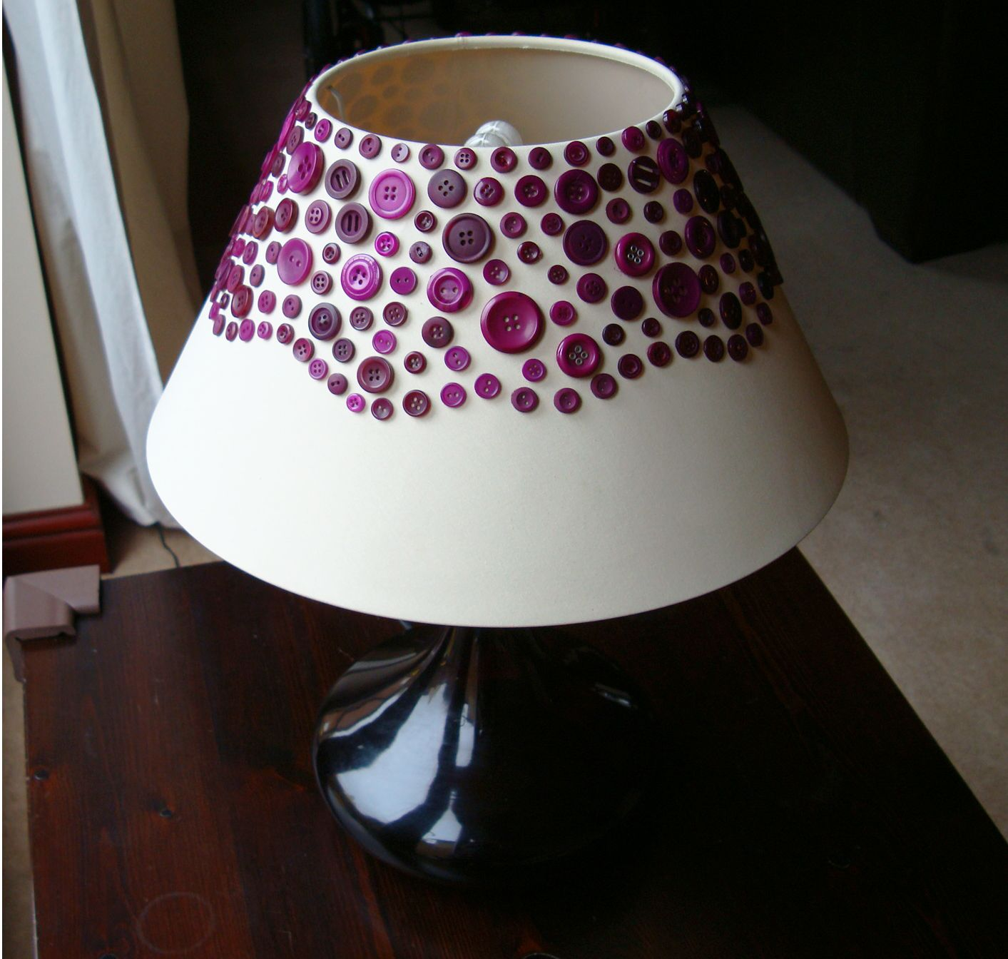 Make a lampshade - with buttons | Button lampshade, Lampshade ideas ... for Handmade Lampshades Ideas  67qdu