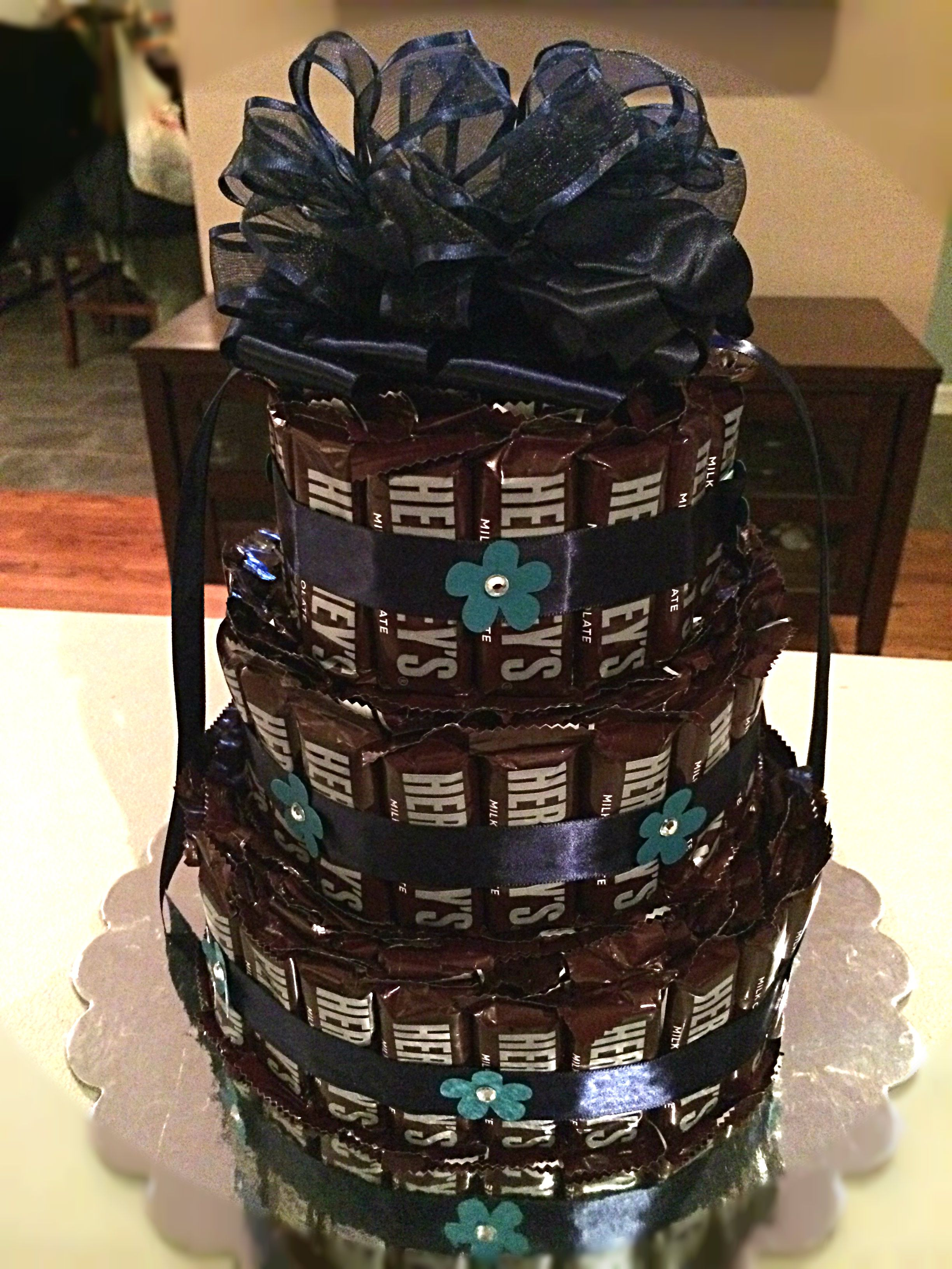 Hershey Bar Cake www.sweetchickscandy.com | Candy Buffet Custom ...