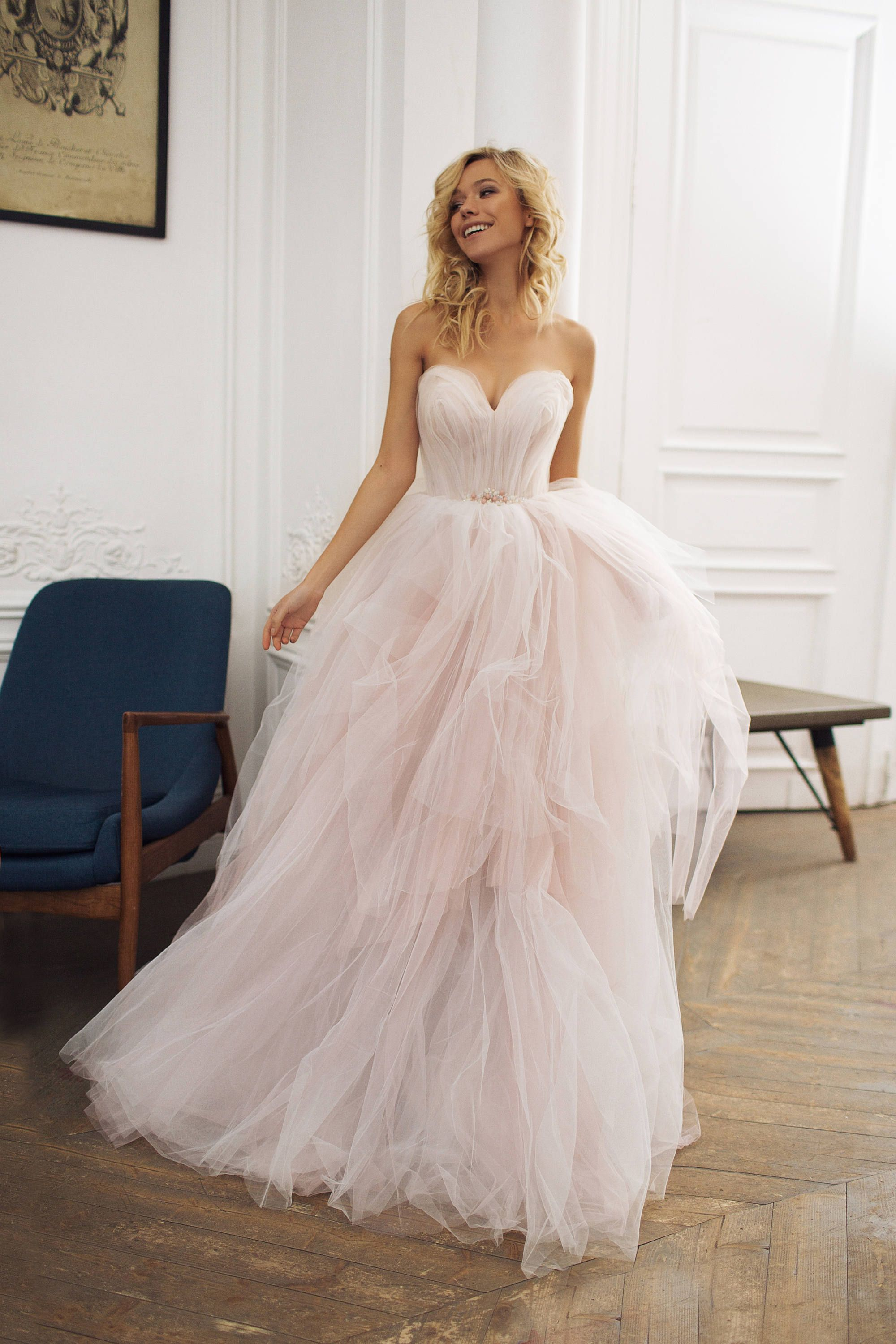 Dreamy sweetheart neckline wedding dress with a blush tulle skirt ...