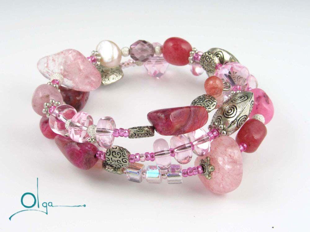 http://www.olgasnyder.com/343722/bead-bracelets/