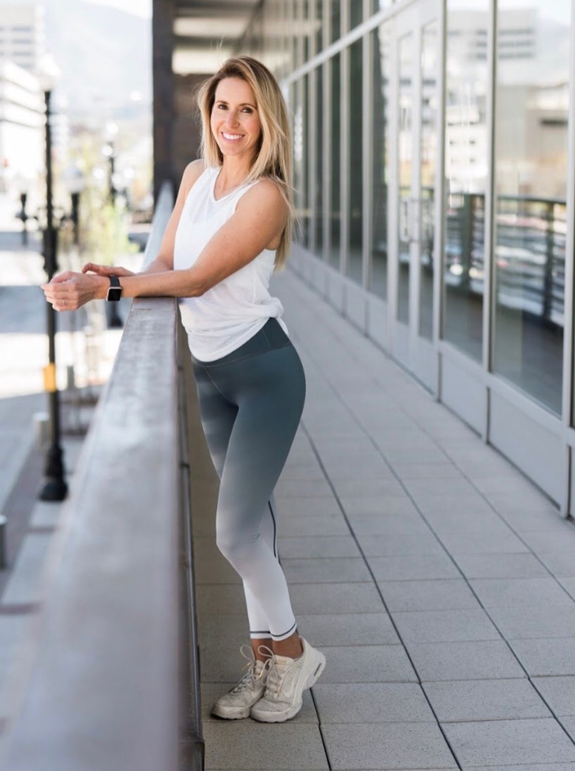 Jade Ombre Light N Tight High Rise These leggings are built