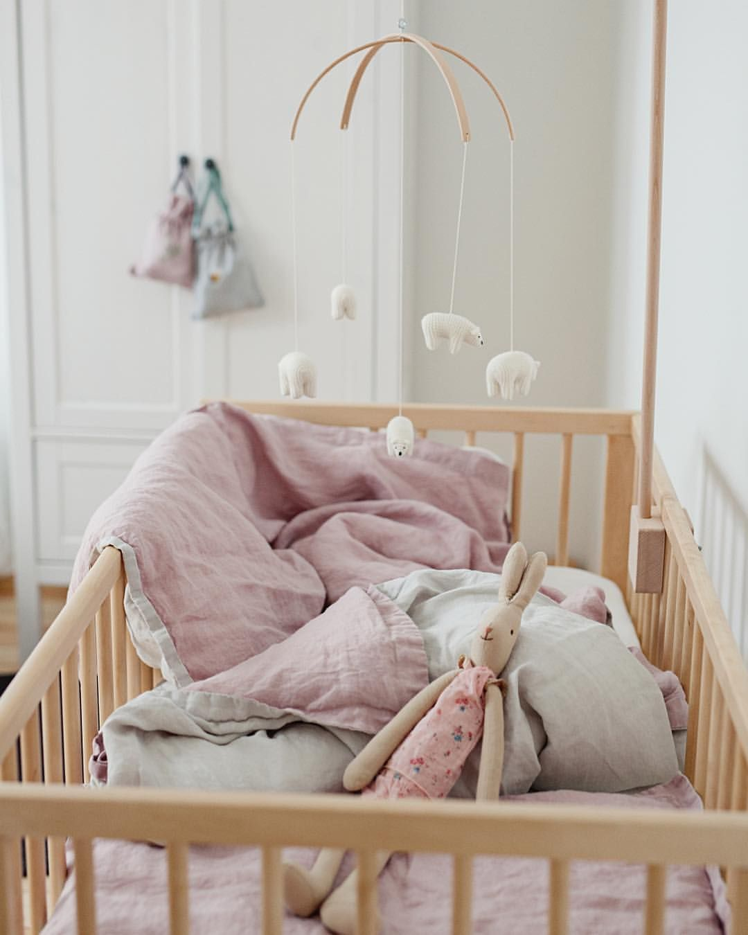 "617 Likes, 3 Comments - La Petite Alice (@lapetitealiceshop) on Instagram: ""Our linen bedding for baby girl now 20% off / Hurry!🐰 #linen #linenbaby #baby #babylinen…"""
