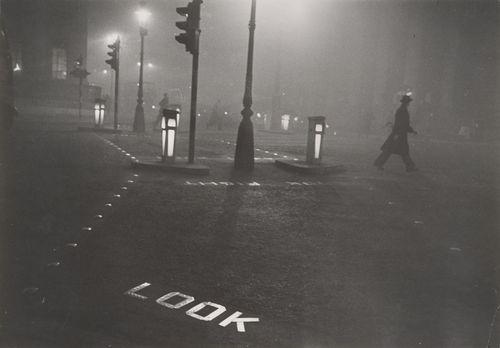 Robert Frank. London 1952. The Metropolitan Museum of Art