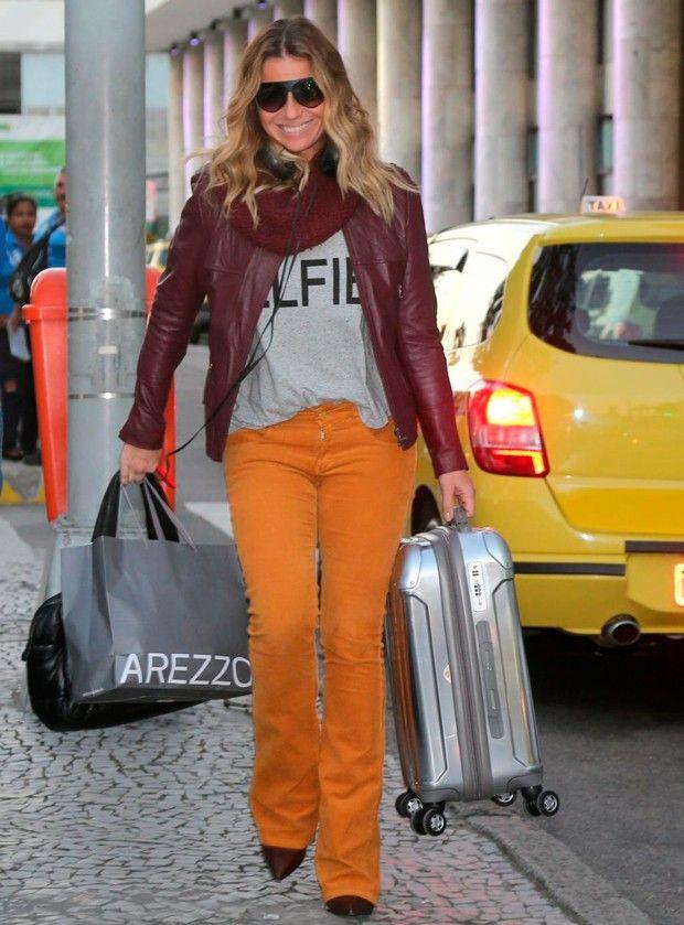 10e526623bd giovanna-antonelli-estilo-aeroporto Calça Laranja