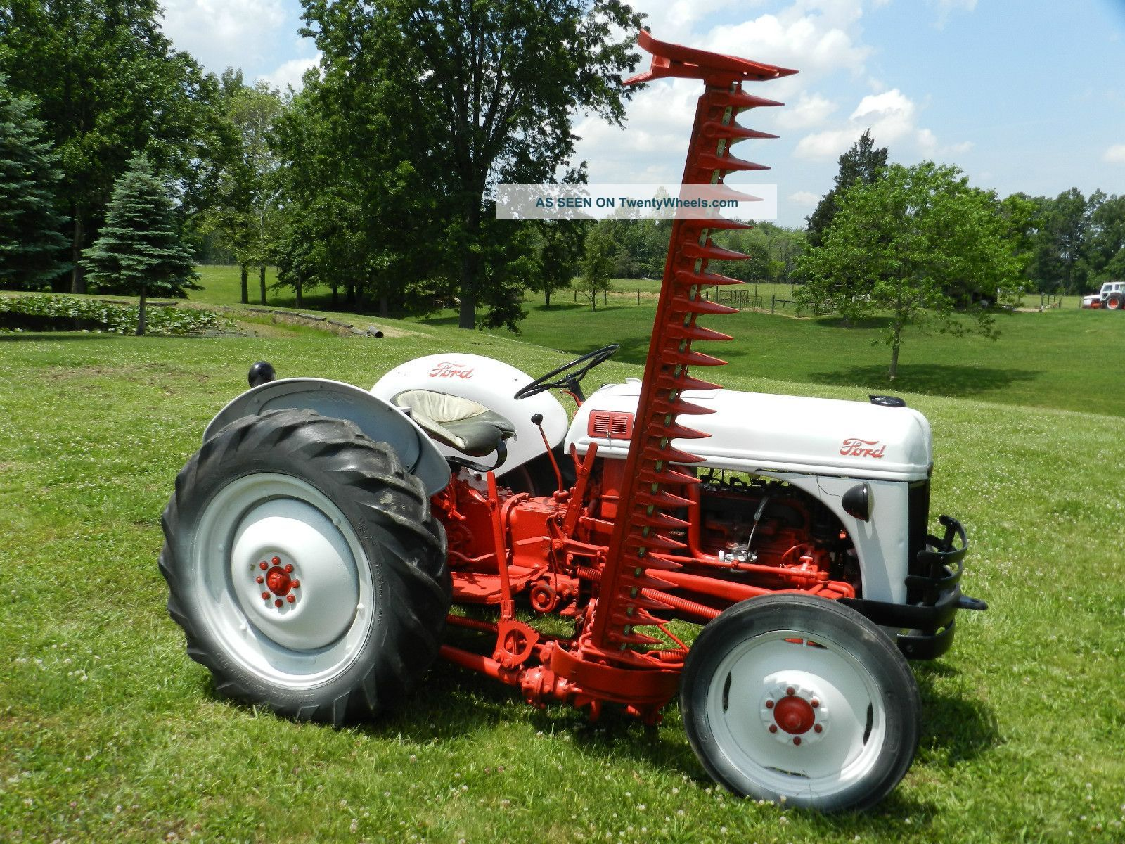 1952 Ford 8n Tractor & 6 Foot Side Sickle Bar Mower | Ford n