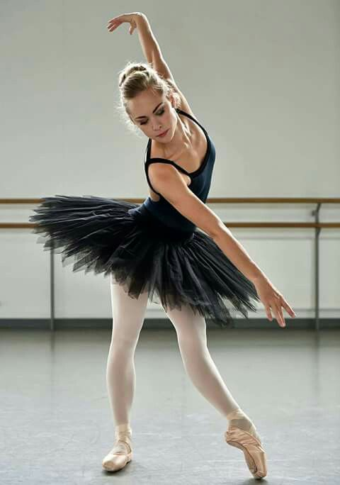 Bethany Garner with the Scottish Ballet | Photography by Rimbaud Patron