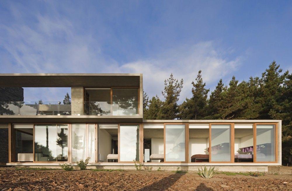 Casa Aguas Claras / Ramon Coz + Benjamin Ortiz, Valparaíso Region, Chile