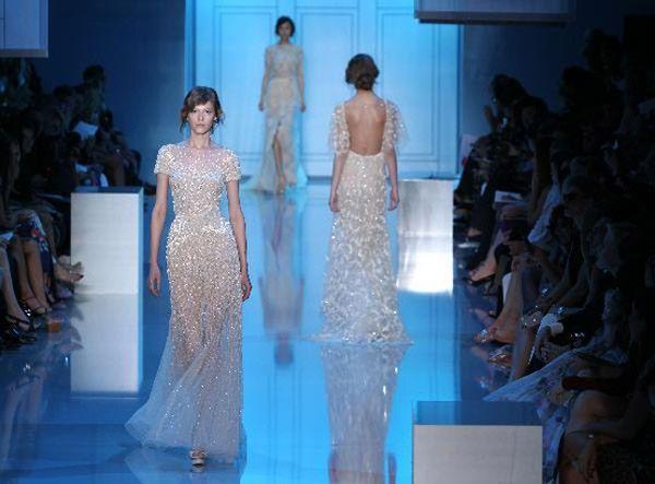 My Bridal Fashion Guide to Sparkling Wedding Dresses » NYC Wedding Photography Blog