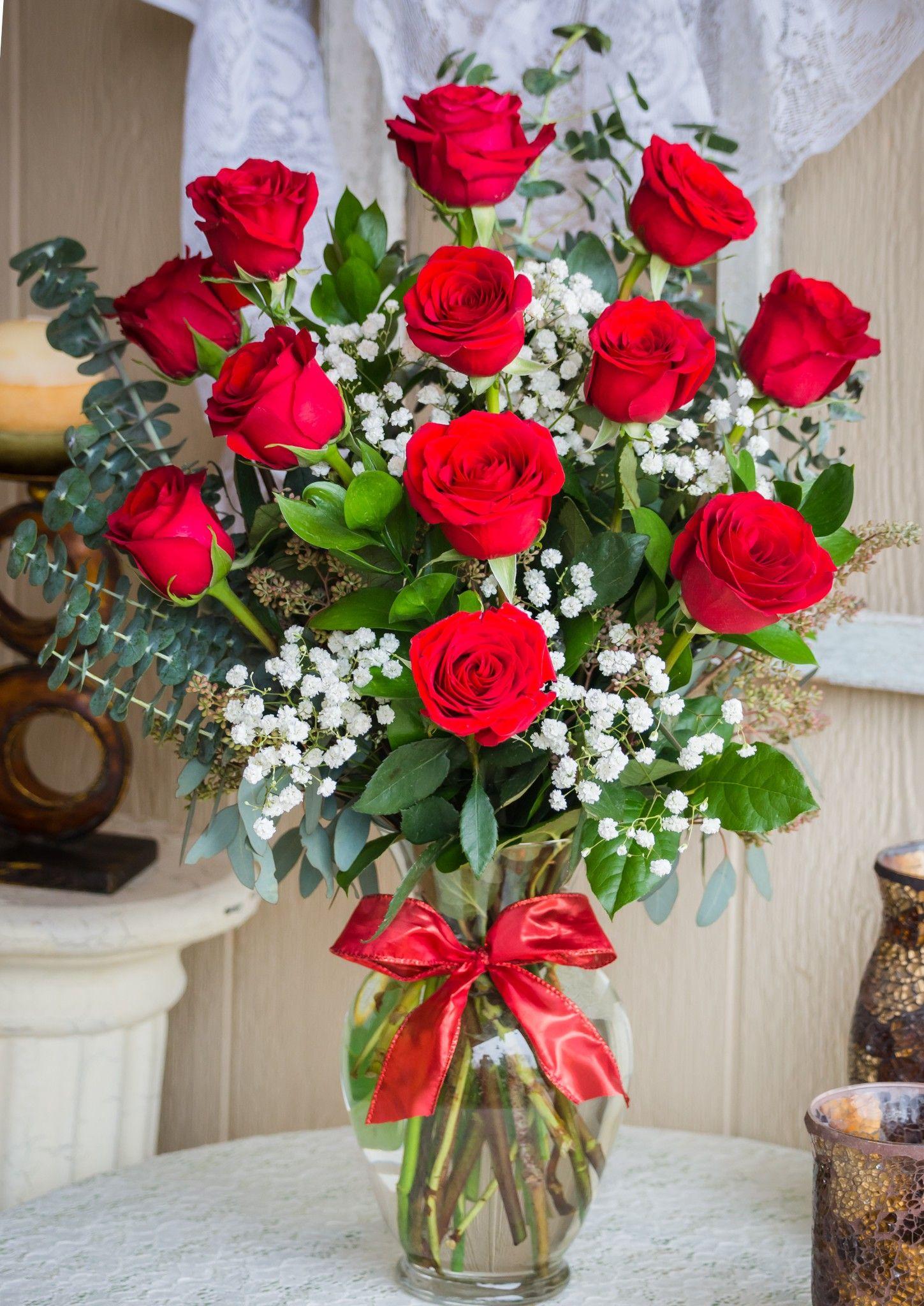 Long Stem Dozen Roses In Joshua Tx Fountain Designs Valentine Flower Arrangements Flower Arrangements Diy Spring Flower Arrangements
