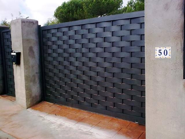 Pin De Billel Djouak En Securite Puertas Corredizas Modernas Puertas De Cochera Puertas De Garage Modernas