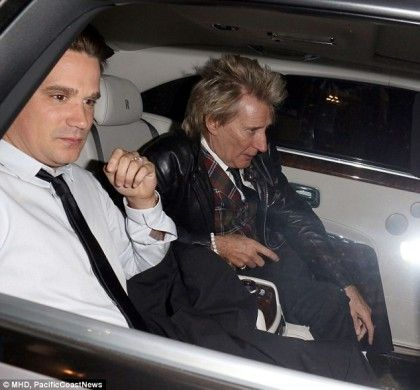 Young Rod Stewart | Forever Young: Rod Stewart wears comedy nose as he dines out with ..