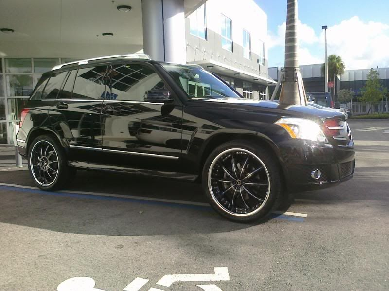 Omg I so love this!!!!!!!!black mercedes glk with rims | GLK with 20