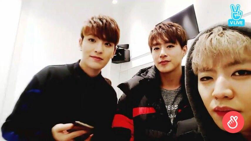 Pin By Bri On Celebrities Kpop Idols In 2020 Kpop Idol Celebrities Kpop