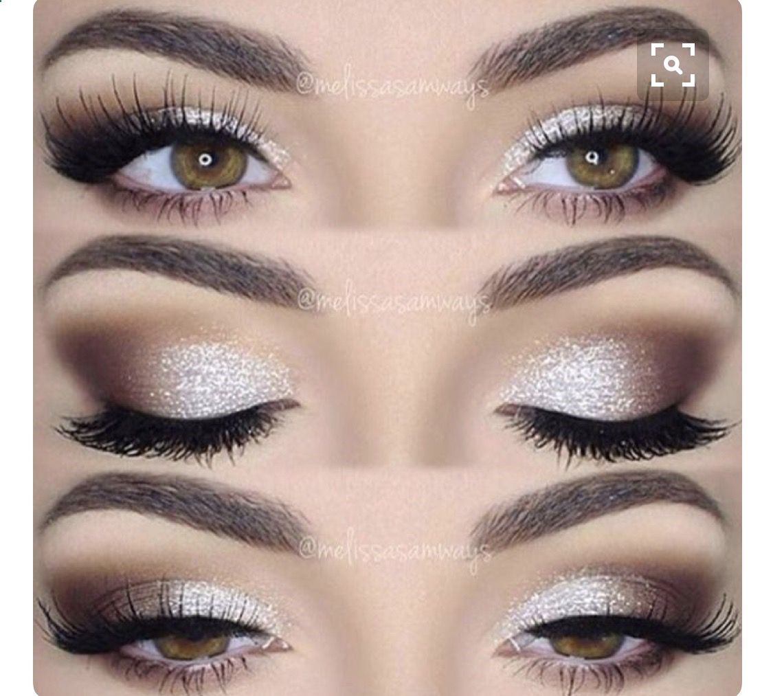 This eye makeup goes perfectly with the dress. The eyeshadow goes