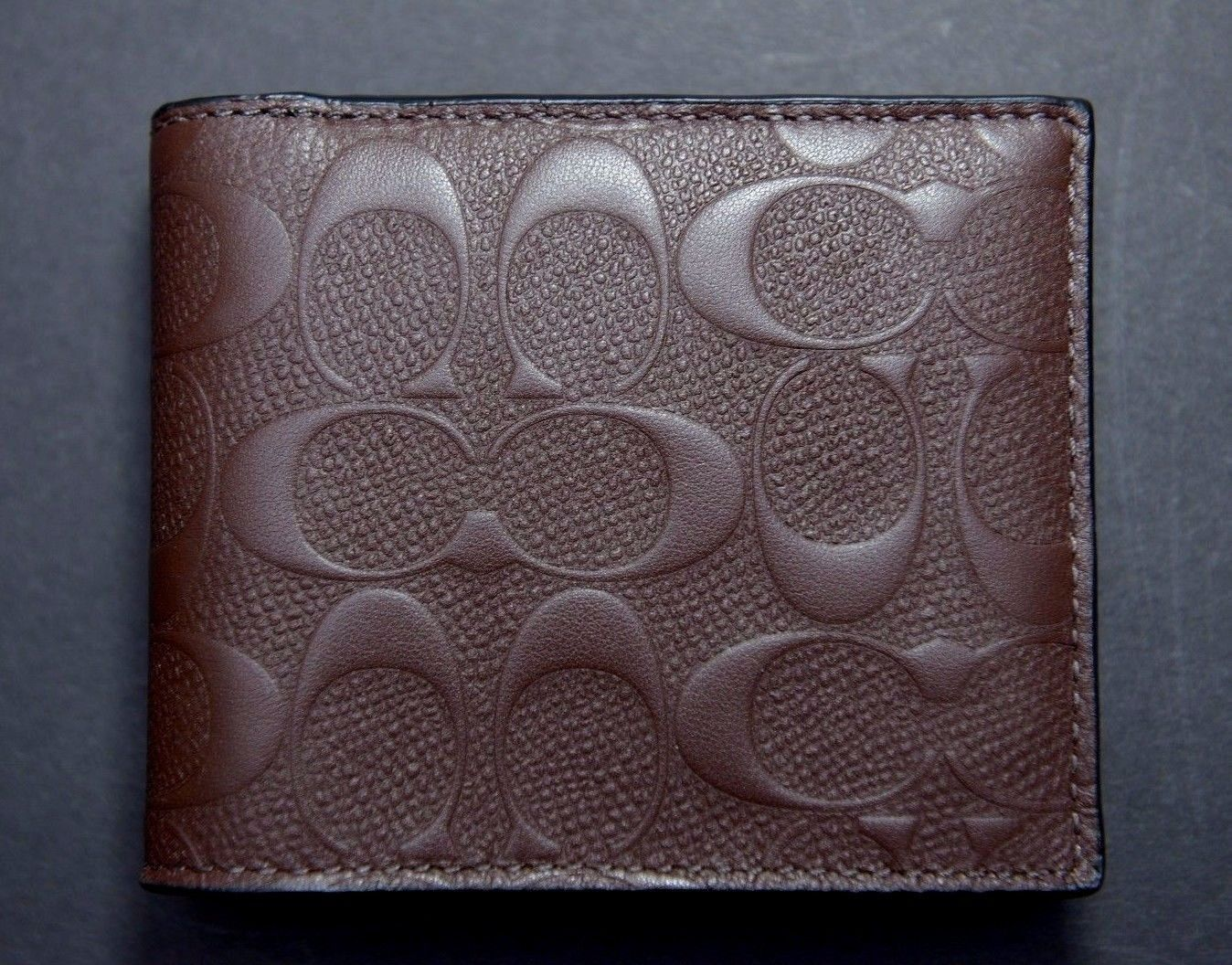 07124b76bc409 NWT Coach  185 Men s Compact ID Brown Signature Crossgrain Leather Wallet  F75371