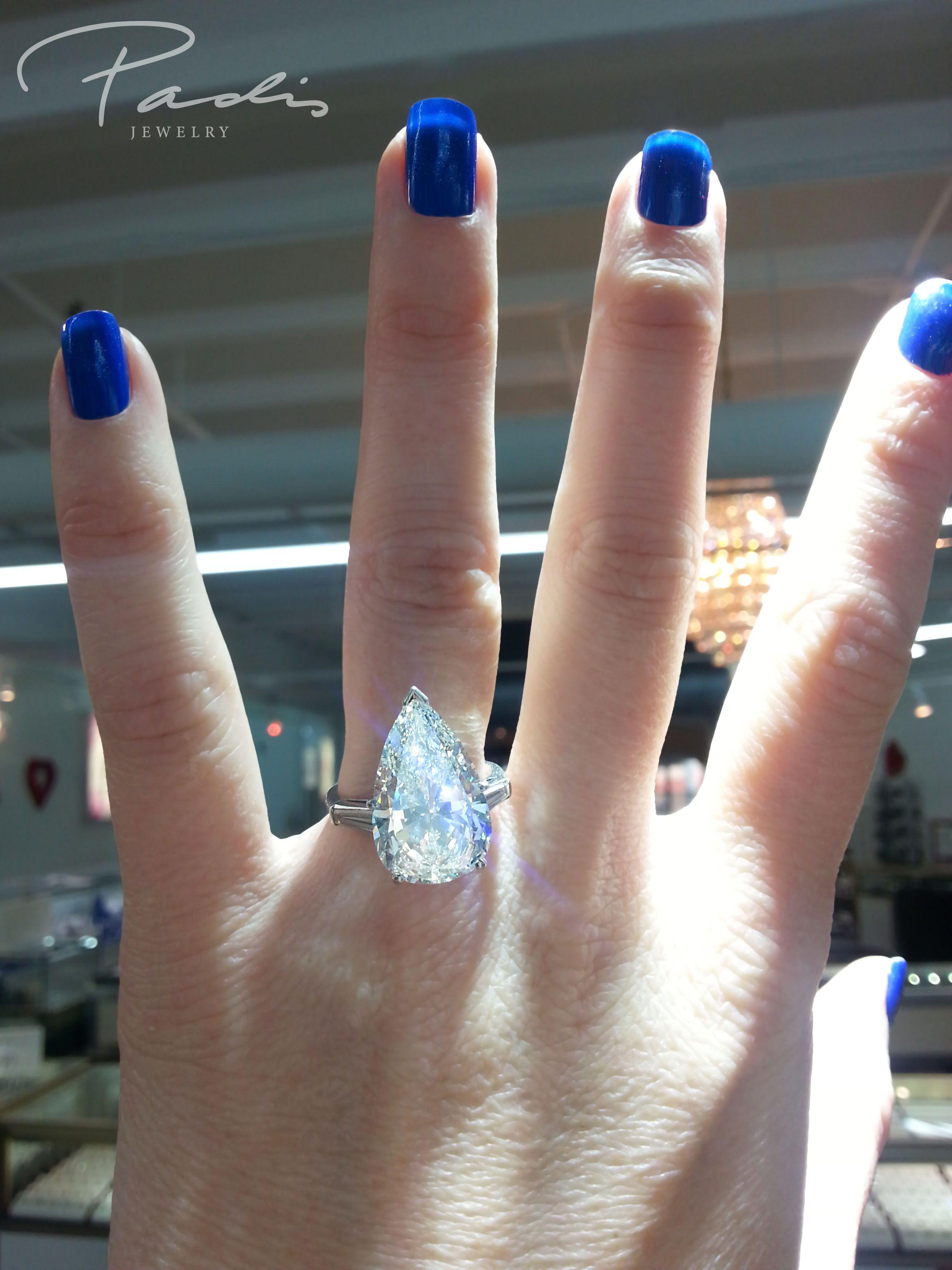 9 carat pear shaped diamond engagement ring