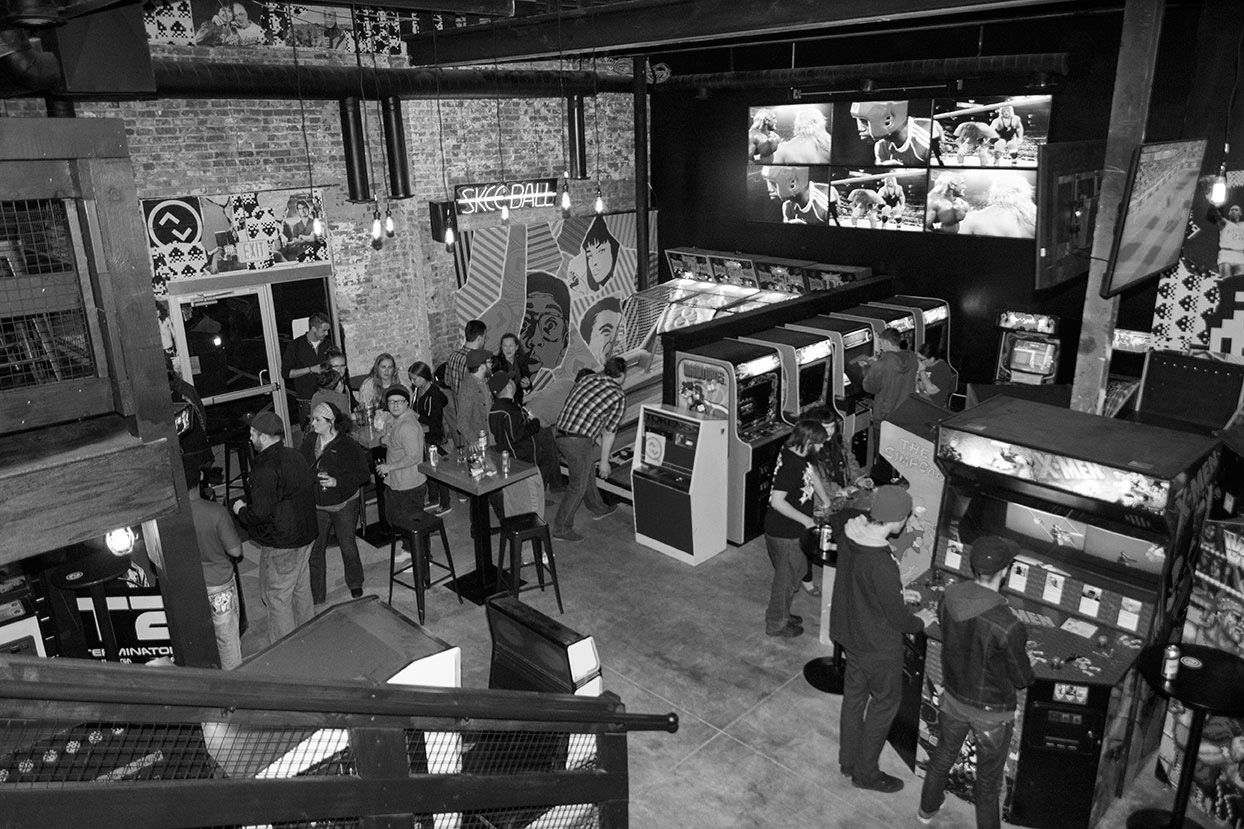 Kansas City UpDown Arcade Bar, Craft Beer & Cocktails