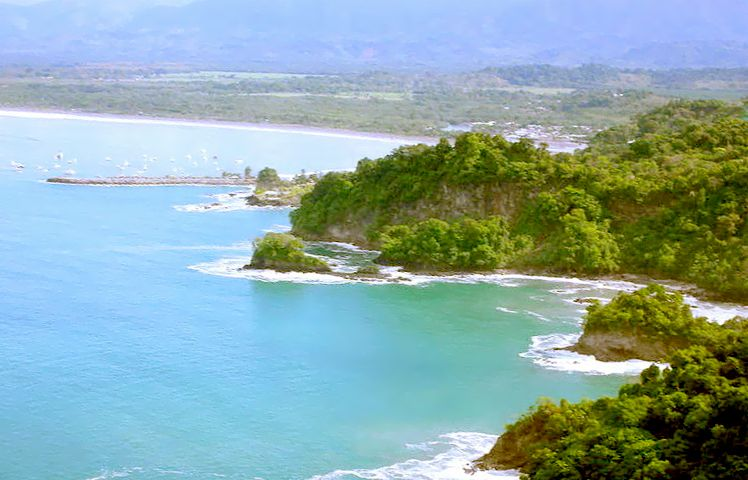 quepos, costa rica.  I cant believe ill be there soon!!!