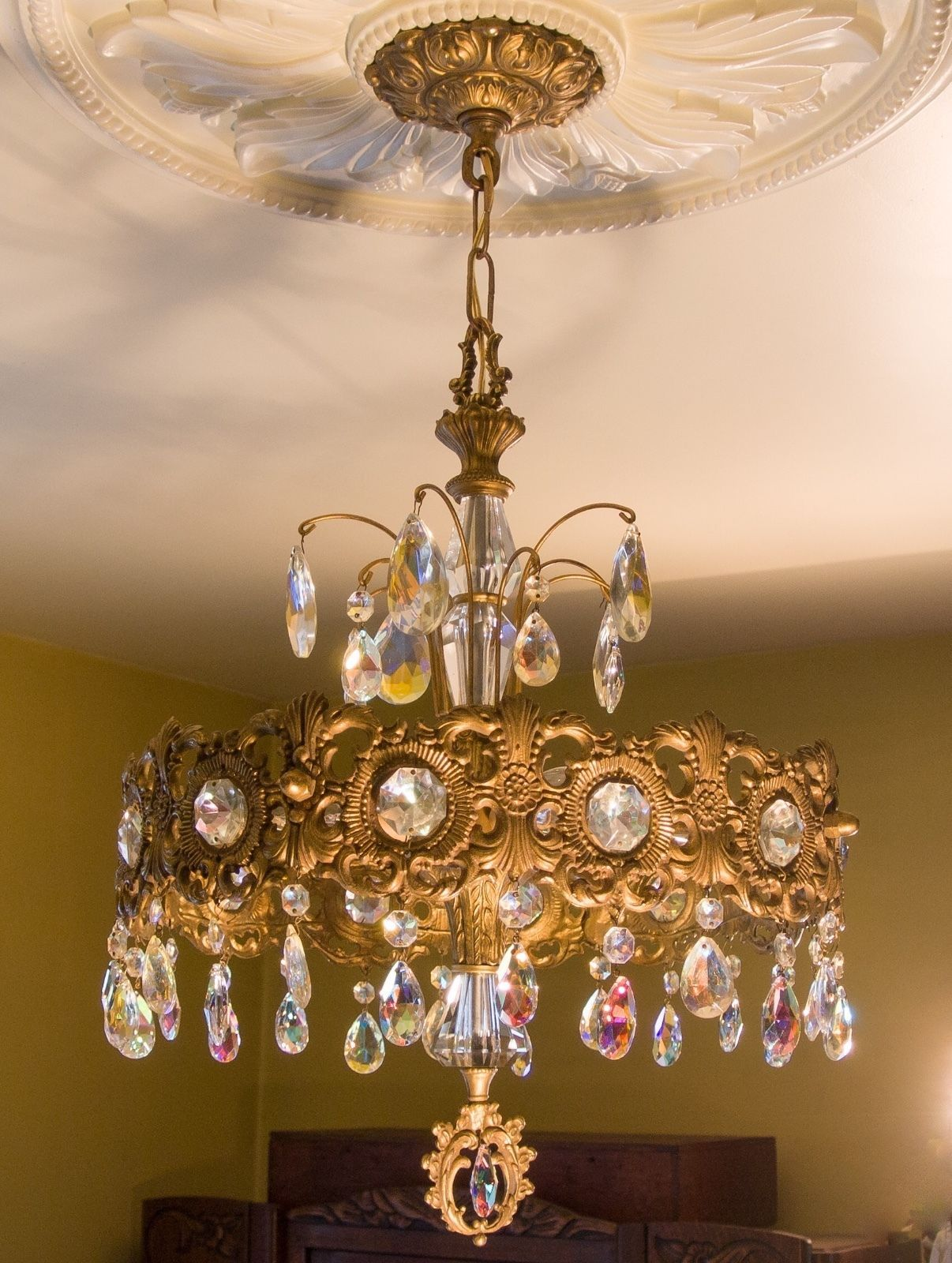 Mid century 4 lt vintage chandelier stunning irredescent crystal mid century 4 lt vintage chandelier stunning irredescent crystal prisms ebay mozeypictures Images