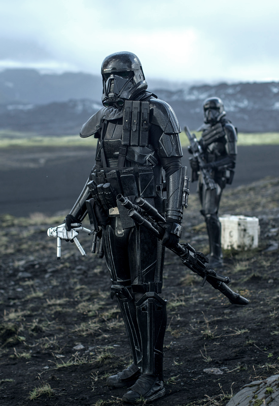BLACK & BLUE — Rogue One: A Star Wars Story (2016)