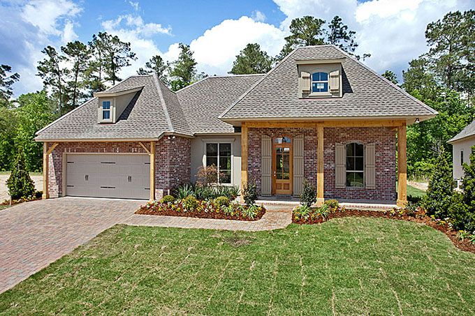 2013 Parade Of Homes House With Gorgeous Cypress Columns