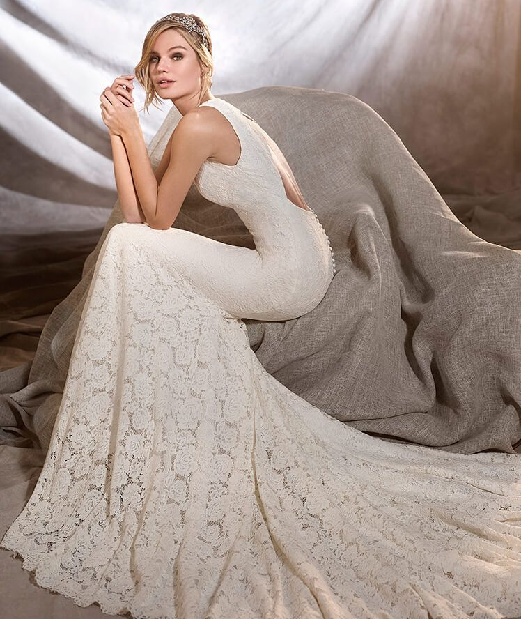 Elegant Something White is a Cleveland Ohio bridal shop specializing in unique and classic wedding gowns