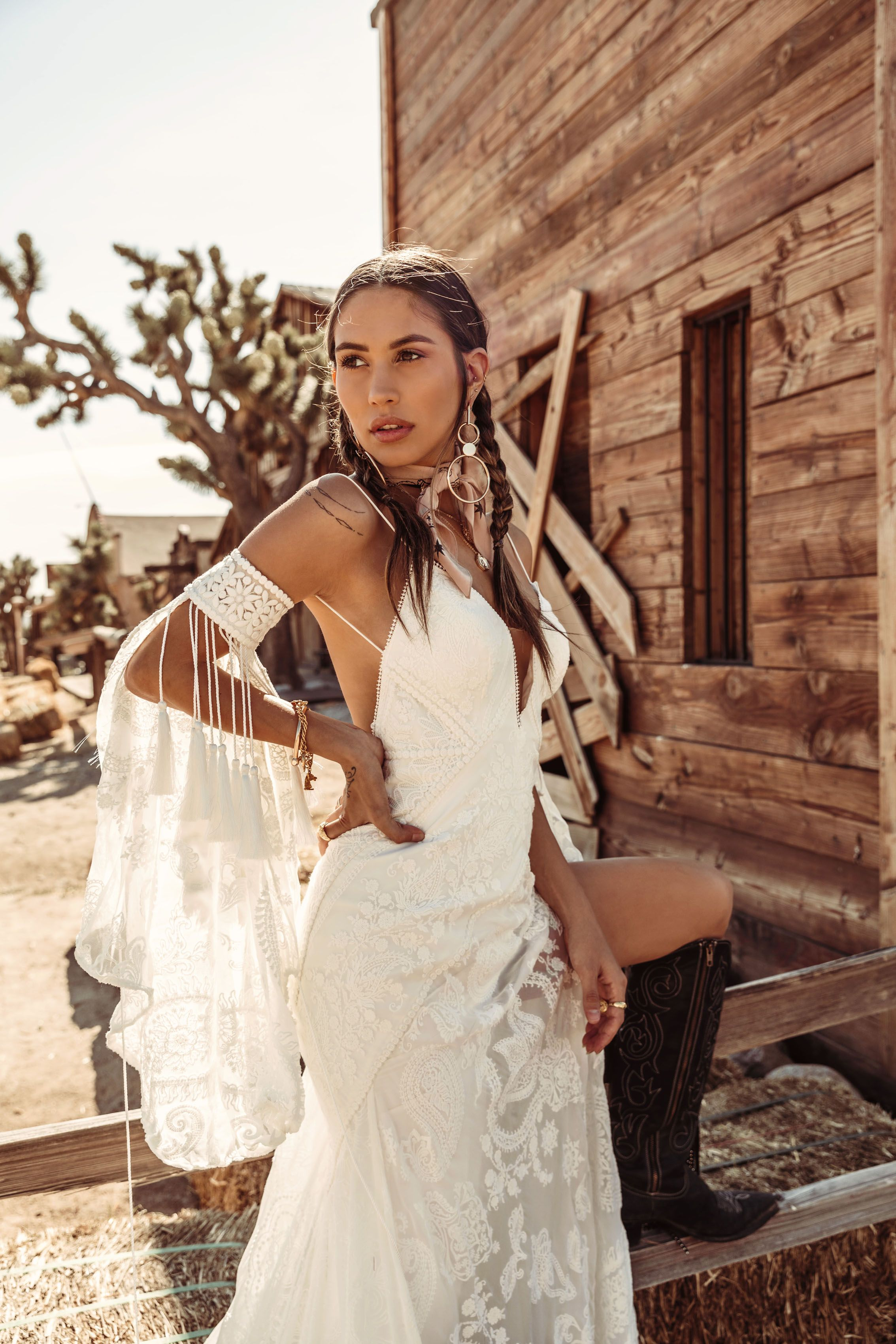 Reid Gown By Rue De Seine Moonrise Canyon Collection 2019 Bridal Gown Bohemian Wedding Dresses Whimsical Western Wedding Dresses
