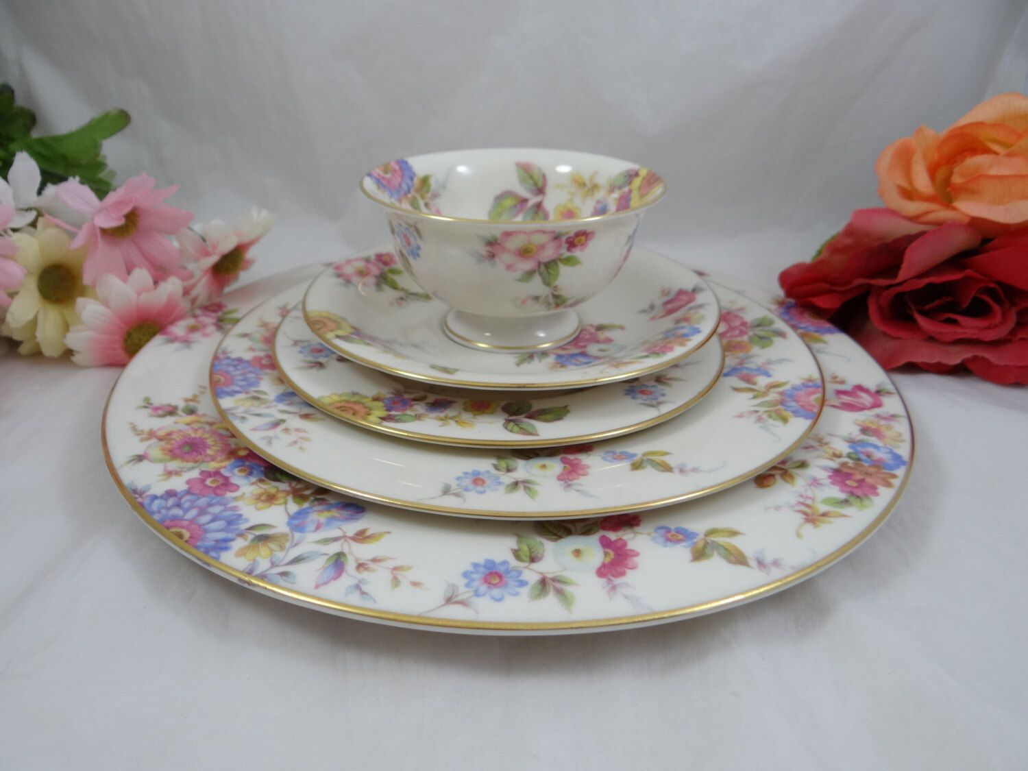 1950s Castleton China  Sunnybrooke  5 Piece Place Setting Dinner Plate Teacup - Made in & 1950s Castleton China