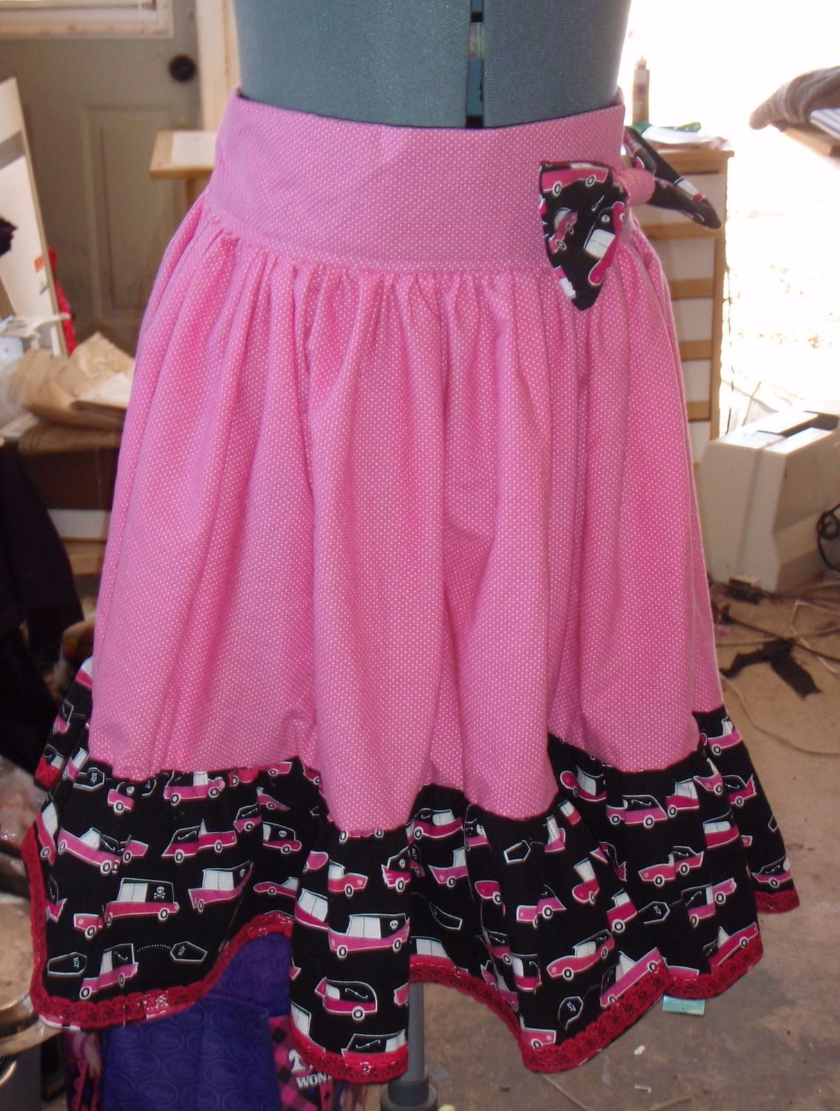How to make a simple Lolita Style Skirt without a pattern. | Lolita ...