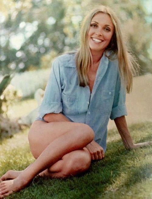 Sharon Tate at her home in B.Hills (1968)