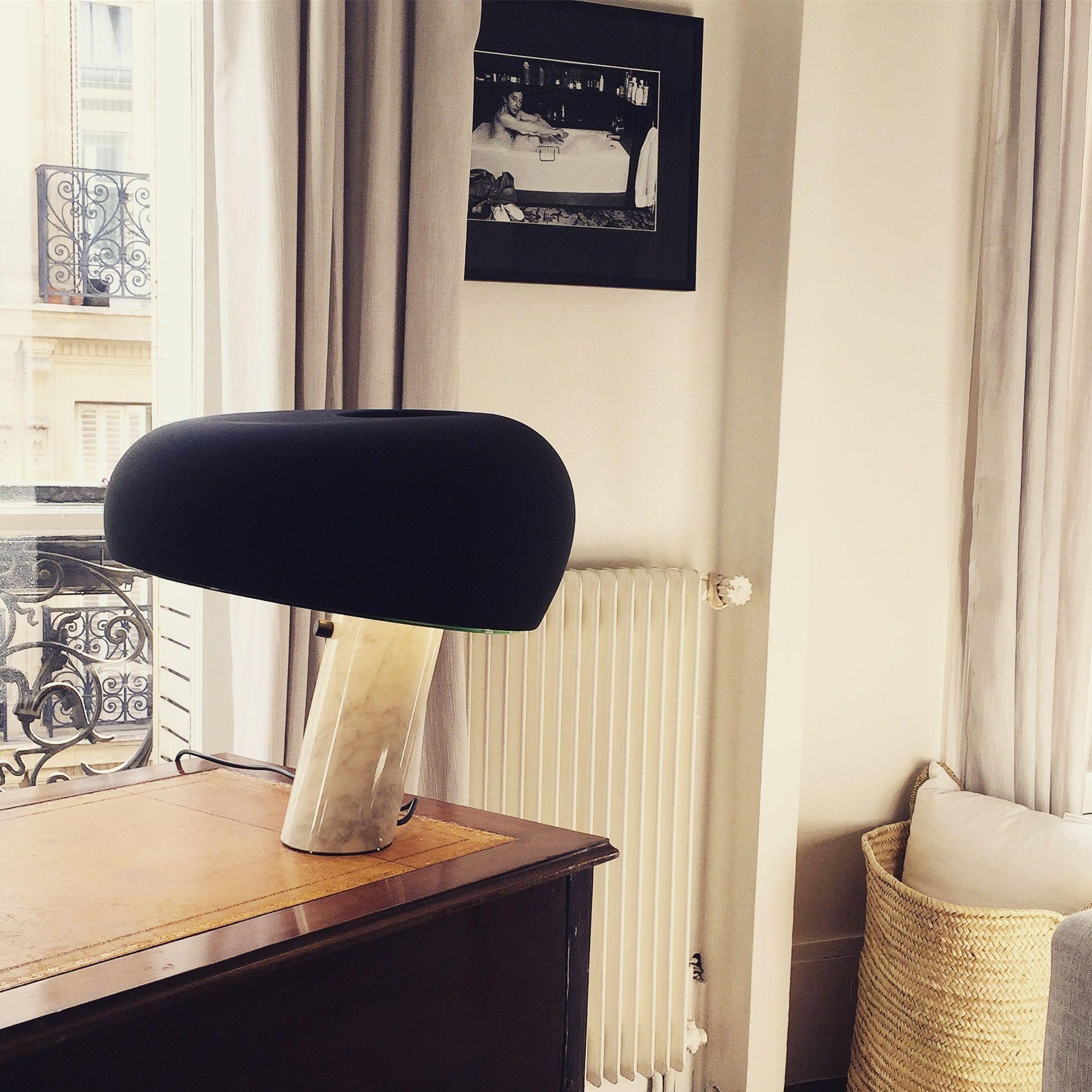 Refaire Salle De Bain Pas Cher ~ lampe snoopy gainsbourg dans son bain un espace bureau dans le