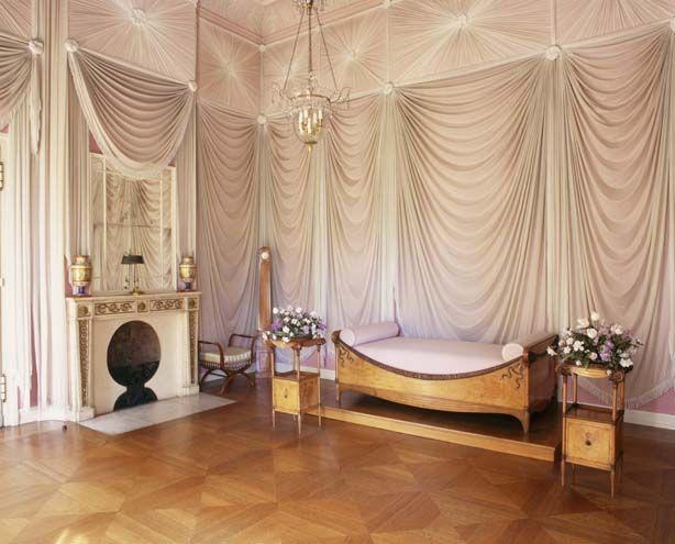 luises bett im schloss charlottenburg k nigin luise pinterest. Black Bedroom Furniture Sets. Home Design Ideas