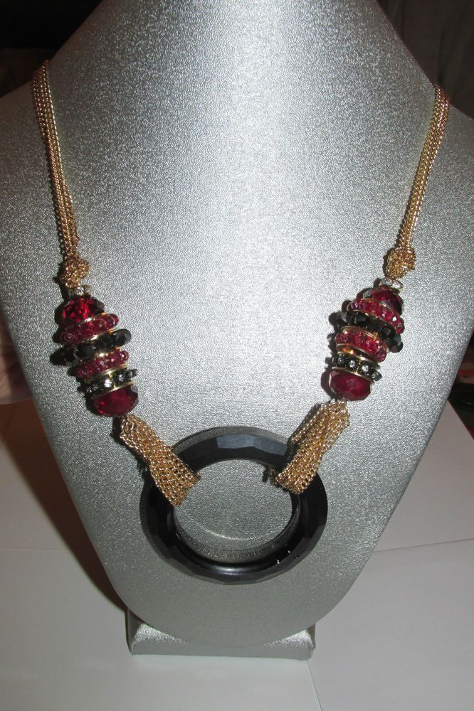 Cake by Ali Khan Circular Red Faceted Crystal Pendant Style Necklace! Brand New!