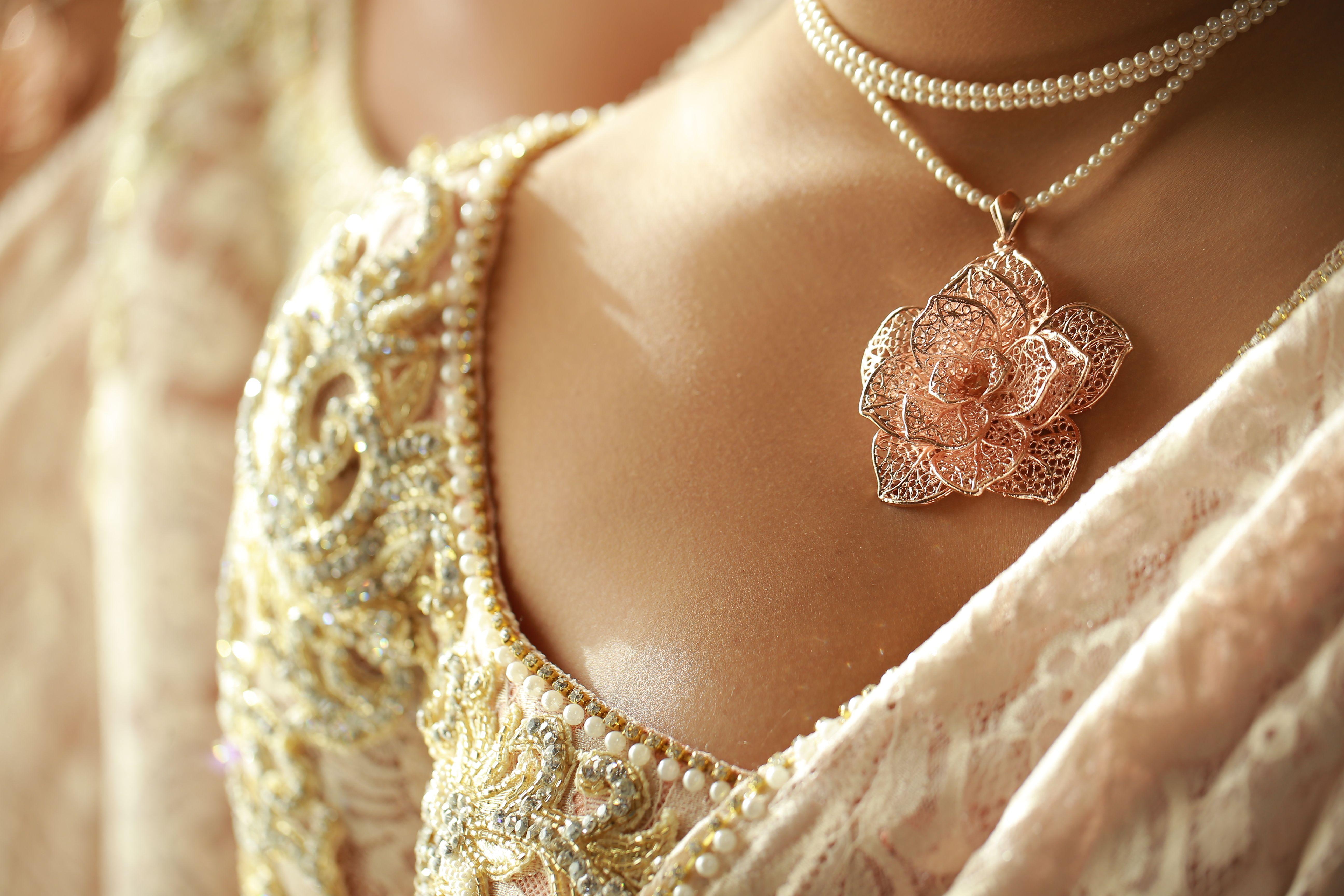 Sri Lankan Wedding Necklace Gold necklace wedding, Sri