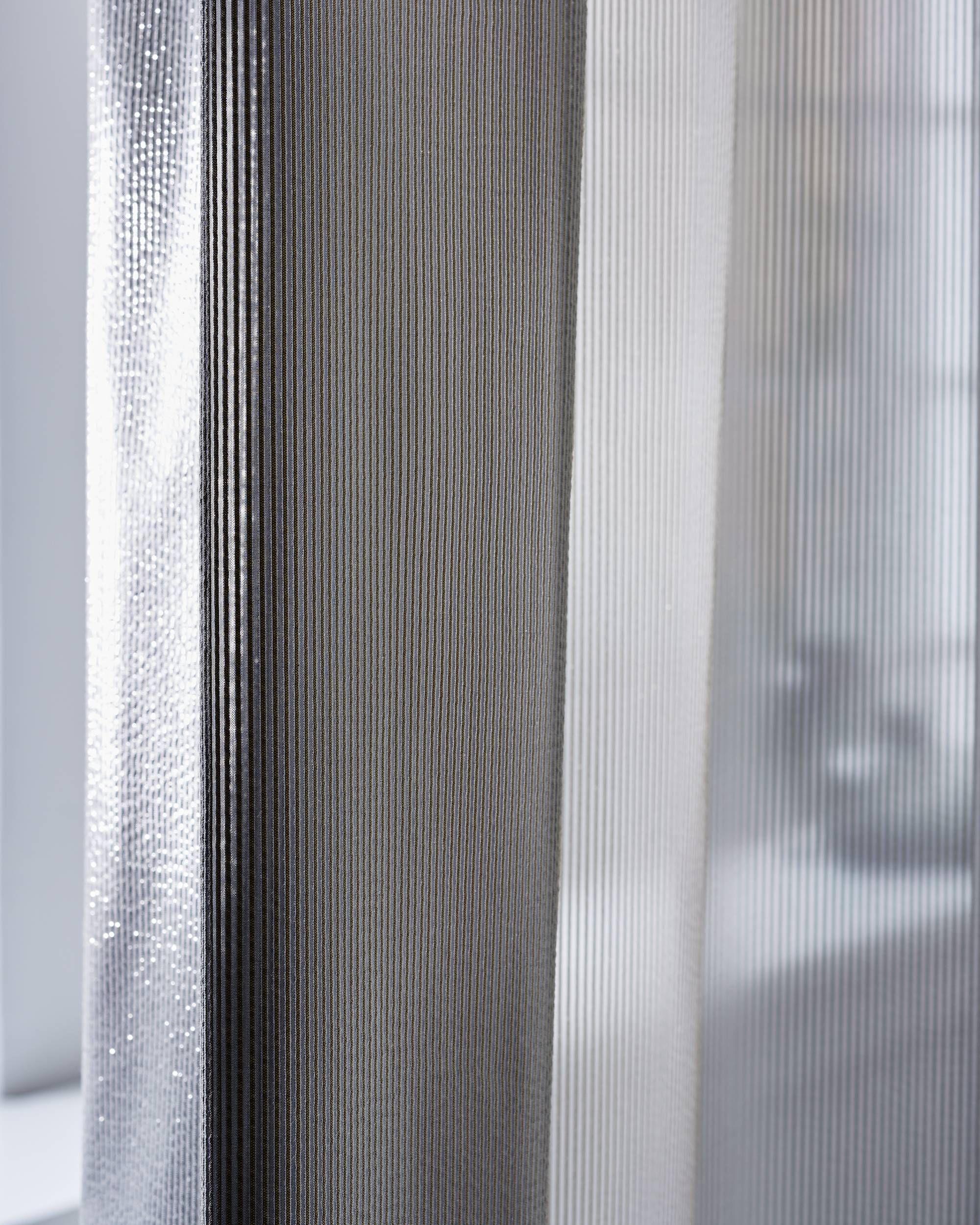 Vorhang Schallabsorbierend reflectacoustic by création baumann blendschutz wärmeschutz