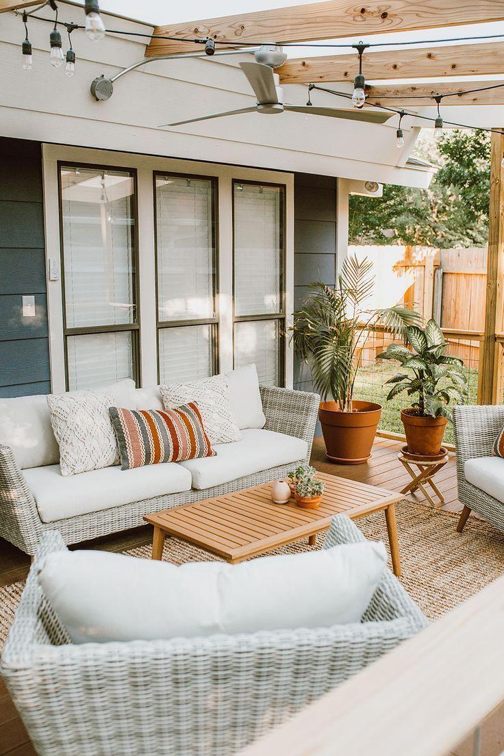 Überdachte terrasse mit wohnlicher sitzecke #terrasse #terrace #sofa