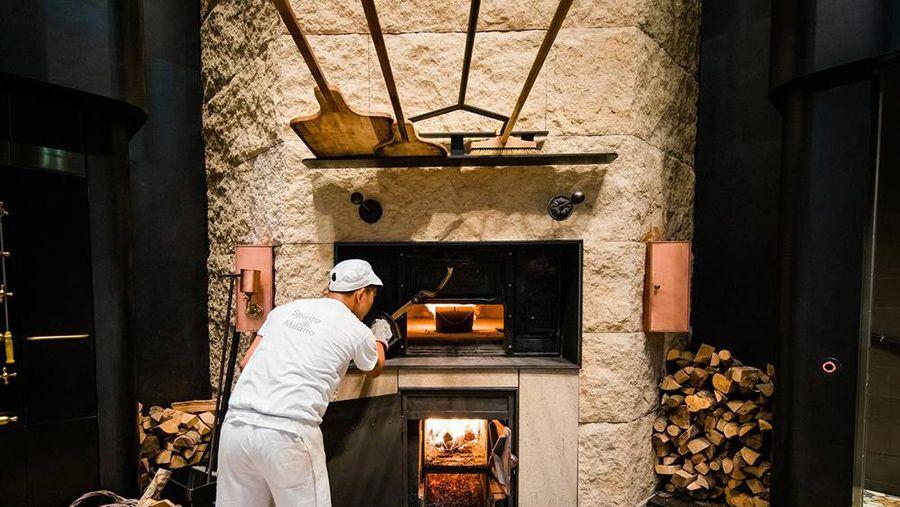 星巴克终于进入意大利了,米兰烘焙工坊已经正式开业 理想生活实验室 为更理想的生活 Starbucks