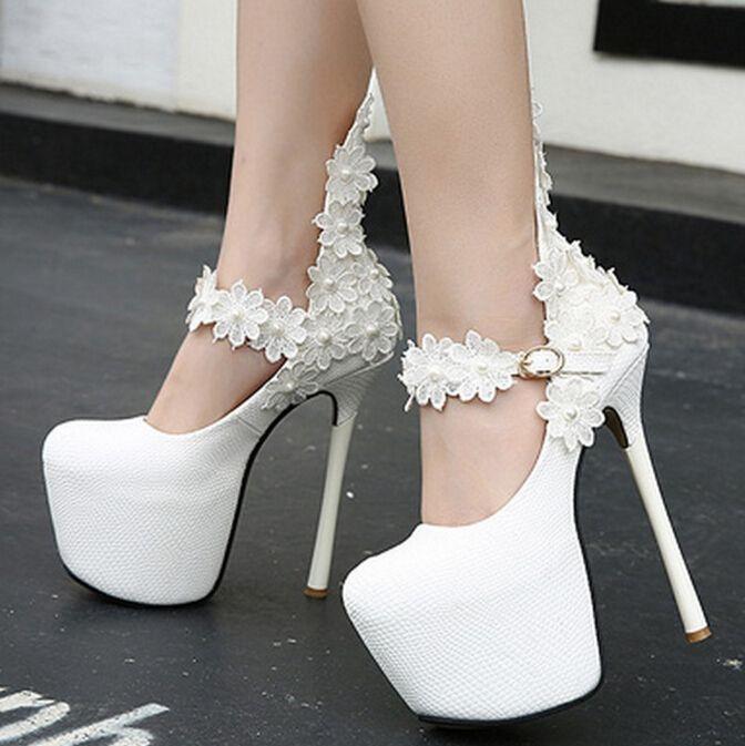 Sexy de encaje de flores de la boda zapatos de mujer tacones altos extremos  marca famosa perla decoración de plataforma zapatos de las señoras zapatos  mary ... 52dc596b70a7