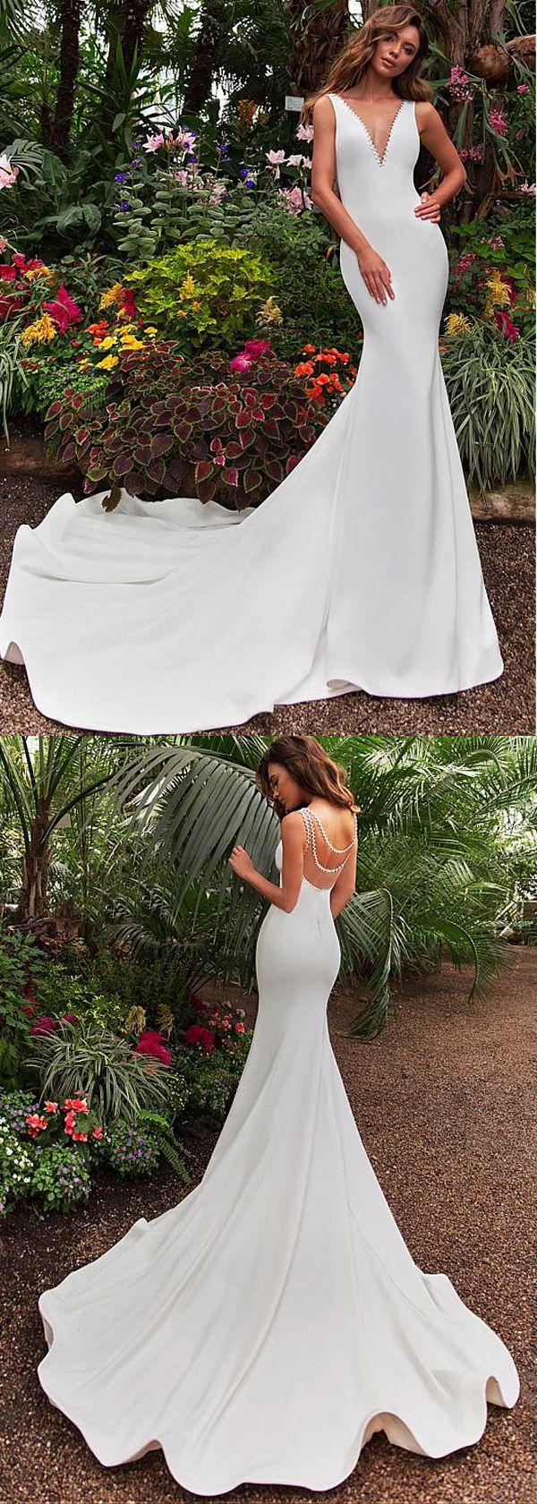 Stunning tulle u satin vneck neckline mermaid wedding dress with