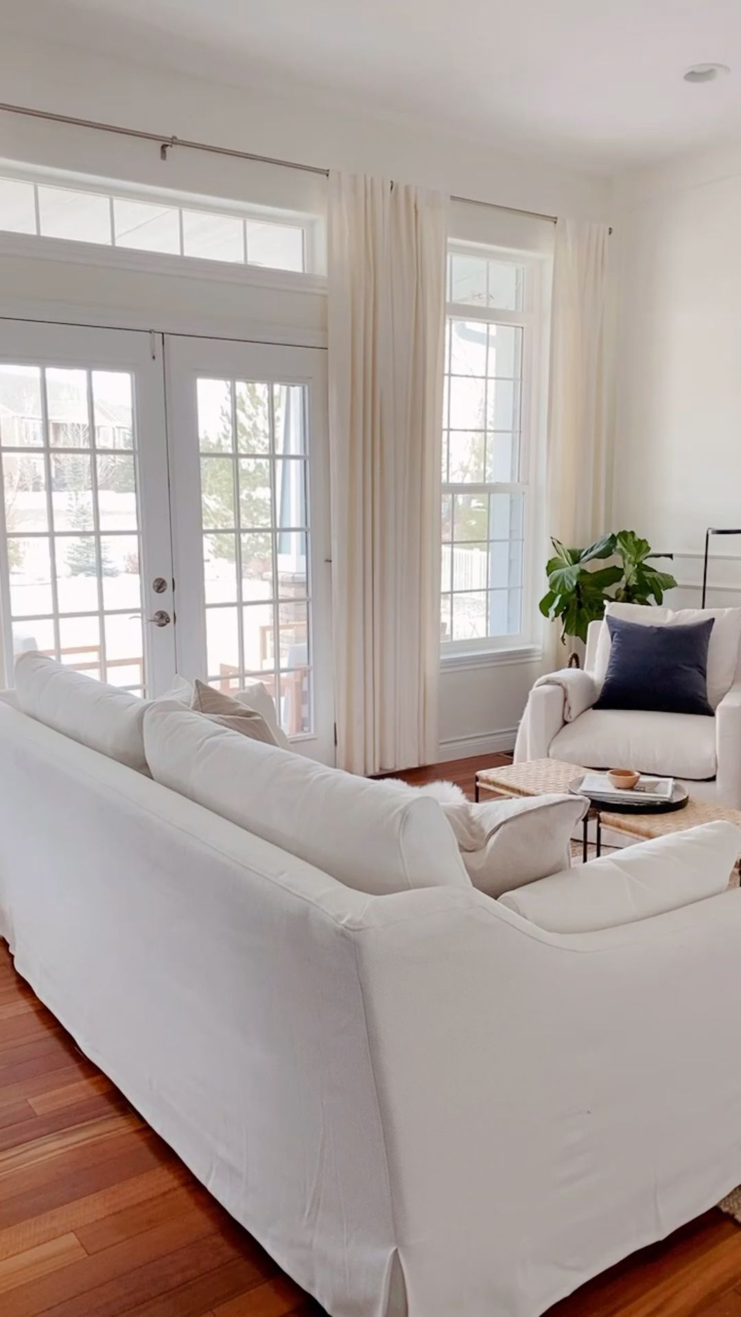 A Peek Inside Our Spring Ready Living Room