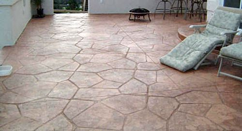 Attractive Poured Concrète Etched With Pattern And Dyed Colors Is Cheap