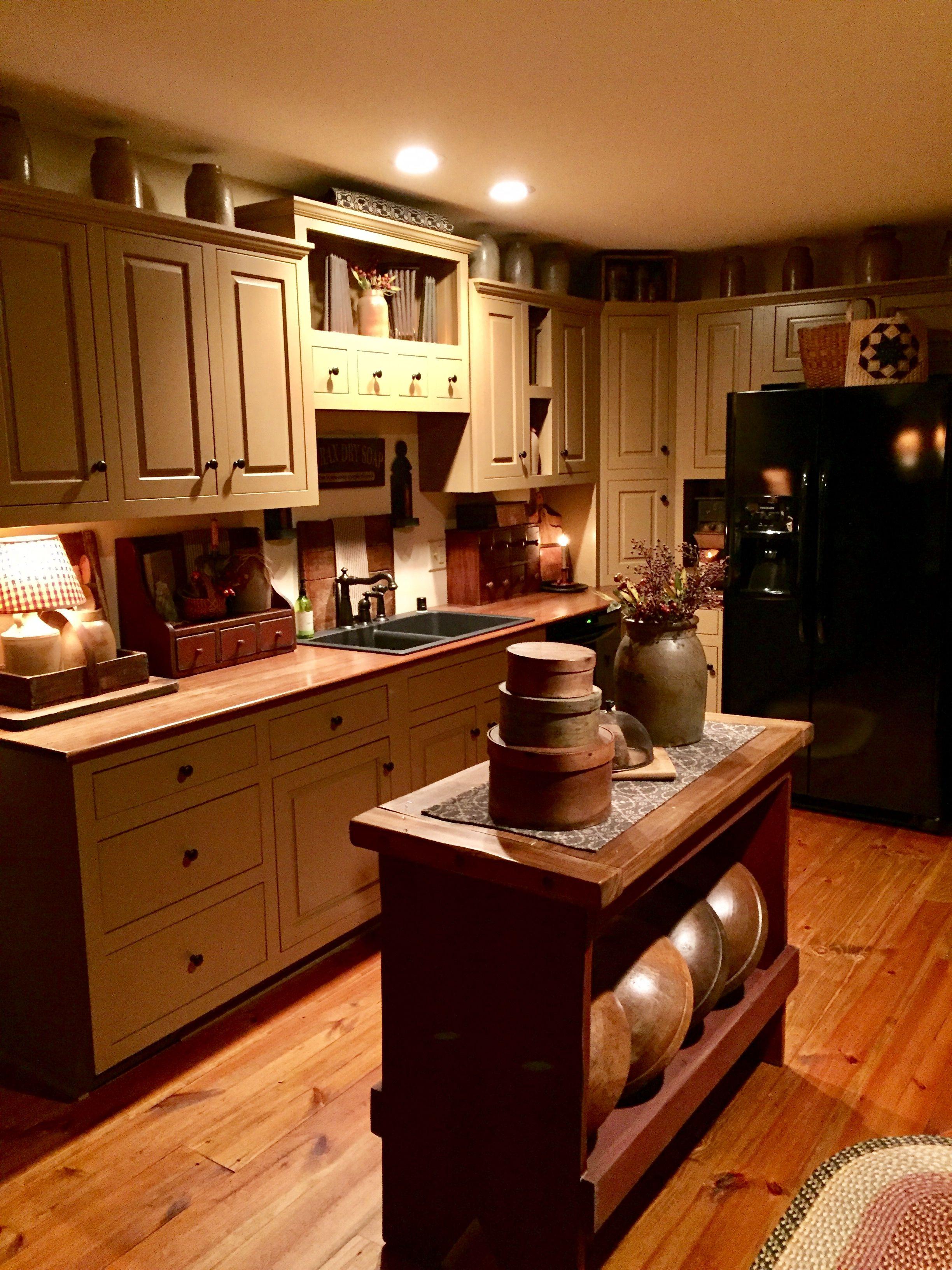 Gail Reeder S Primitive Kitchen Primitive Kitchen Cabinets