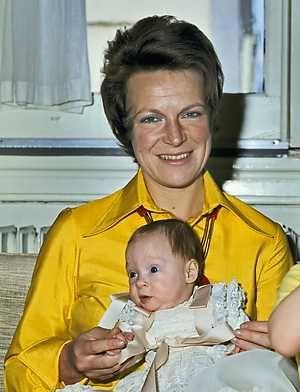 SOESTDIJK - Prinses Irene poseert met haar dochter prinses Margarita.