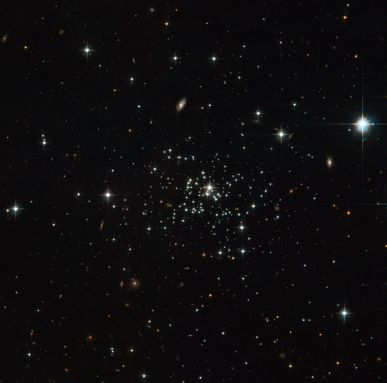 NGC 1466: Brilliant Globular Cluster Shines in New Hubble