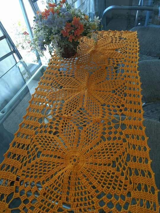 Pin de Ra May en Mandy   Pinterest   Caminos de mesa, Mesas y Caminos