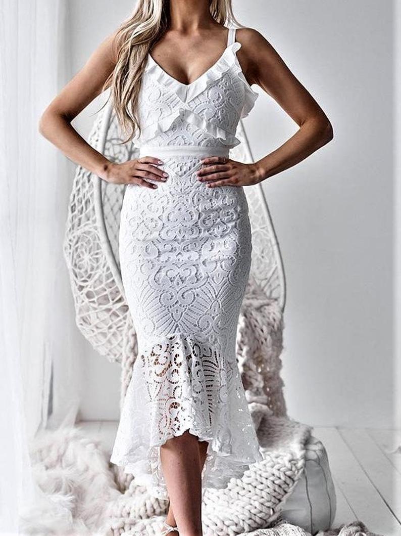 Stylish White Lace Vintage Dress Bodycon Spaghetti Strap Etsy In 2021 Lace Dress Lace White Dress Women Bodycon Dress [ 1060 x 794 Pixel ]