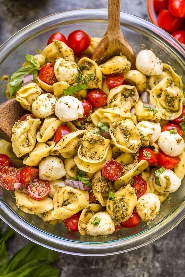 Easy Pesto Tortellini Pasta Salad #cookiesalad